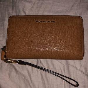 Michael Kors Small Smartphone Wallet